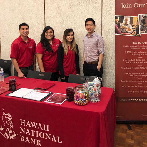 link to Alumni from Hawaii National Bank attend Spring 2018 Career Fair