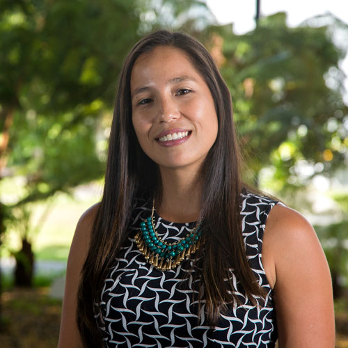 link to UH Hilo alumna Chelsea Kay-Wong